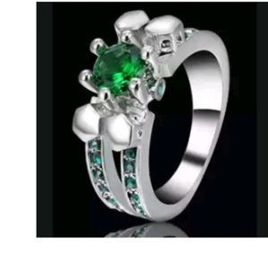 Jewelry - GORGEOUS DIVA RING NEW SIZE 6